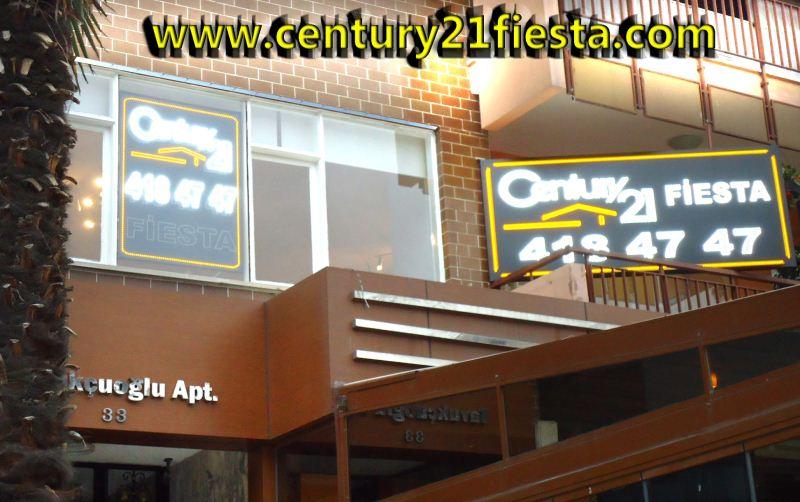 CENTURY 21 Fiesta