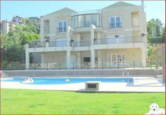 Bahçeşehir Müstakil Havuzlu Gölet Manzaralı Villa - Ufuk Mutlu