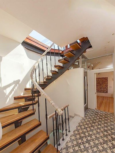 Specially Designed Roof Duplex to Let with a Terrace and Balcony in Galata