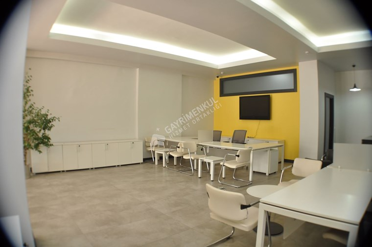 Pancarlı Mahallesinde 250 m2 Kiralık Eşyalı Ofis