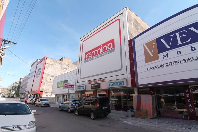 ''Şehrin Göbeğinde'' Yüksek Kira Getirili ''1.250m2 Dükkan