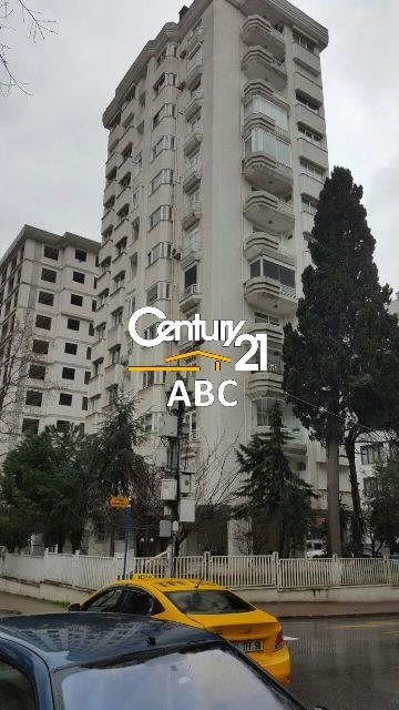 GÖSTEPE İKİNCİ ORTA SOKAKTA 260M2 4+1 KİRALIK