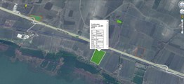 İzmir yoluna yakın Göl manzaralı Yola cephe 21.800 m2