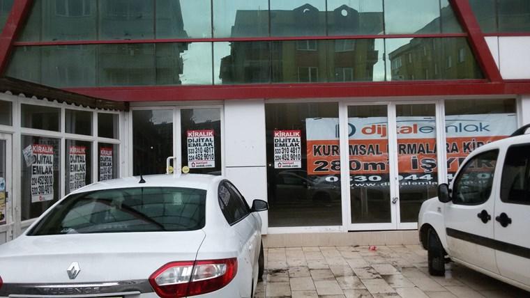 Beşevler Yıldırım Caddesinde Kurumsal Firmaya Kiralık Dükkan