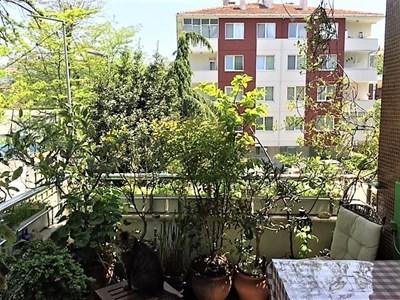 Ortaköy'de Butik Sitede Dekorasyonlu Kiralık Daire
