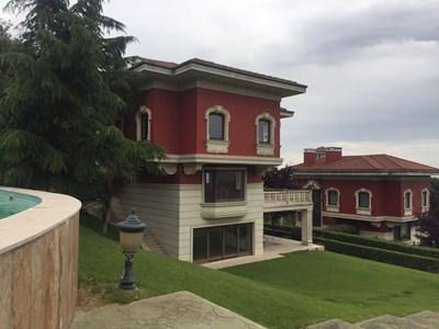 Villa For Sale In Boutique Compound