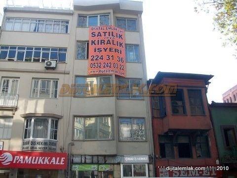 Bursa Setbaşında Satılık Kiracılı Kıymetli Komple Bina.