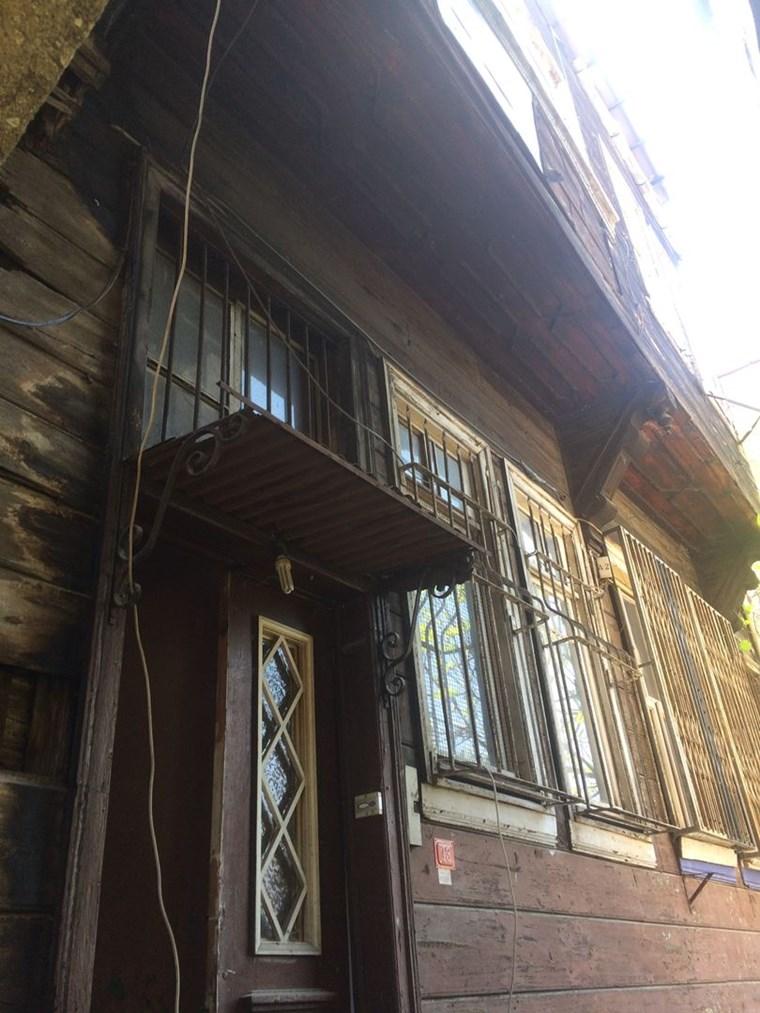 Beyoglu Evden cihangırde tadılat onaylı 2 derece Tarıhı Bina