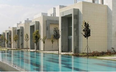 Kemerburgaz Davutpaşa'da Butik Sitede Satılık Villa