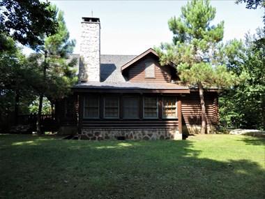 Kemer Country Kütük Evler'de Satılık Müstakil Villa