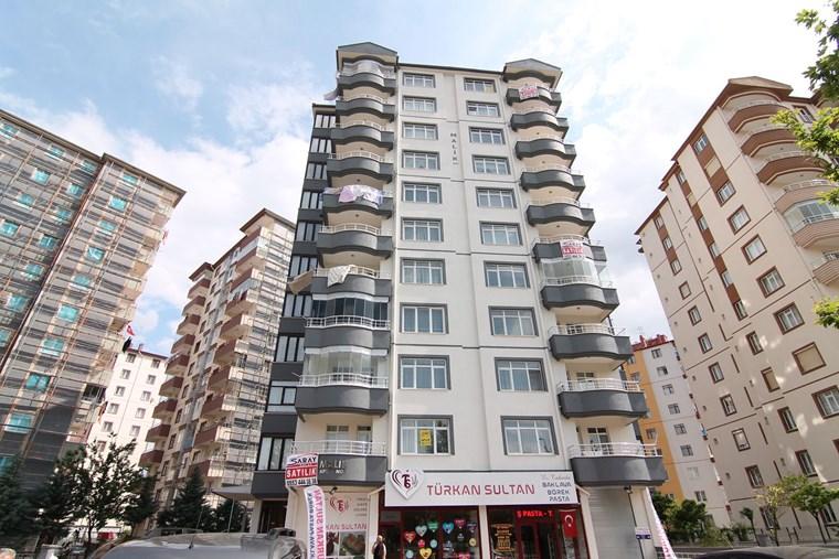 Şehrin En Sakin Semtin'de Kombili Kaçmaz Daire...