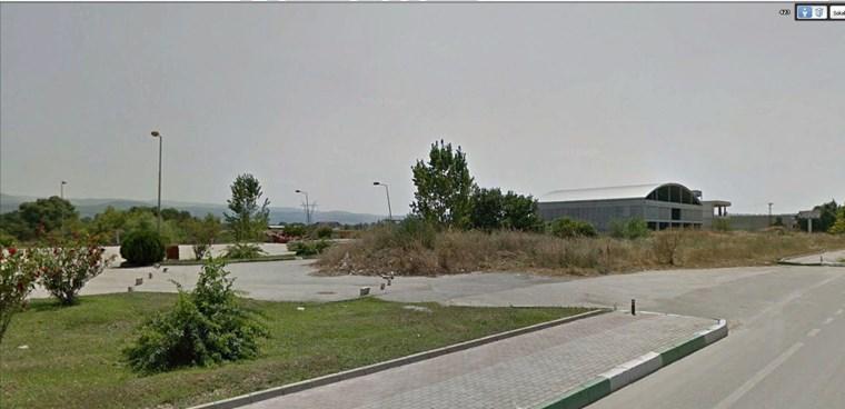 İzmir yoluna cephe ÜrünlüdeTicari İmarlı 5.150 m2 Kıymetli Arsa