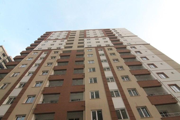 Şehrin Merkezinde Kınaş Zümrüt'de 4+1 Sıfır Lüks Daire..!