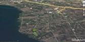 Yeniköy'de Satılık 10.850 m2 Göl Manzaralı Bahçe Yapmaya elveriş