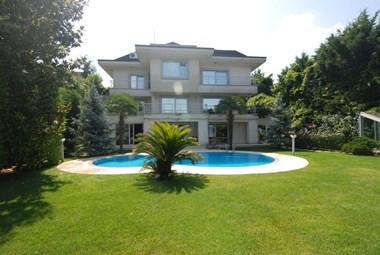 Acarkent'te B Tipi Kiralık Villa