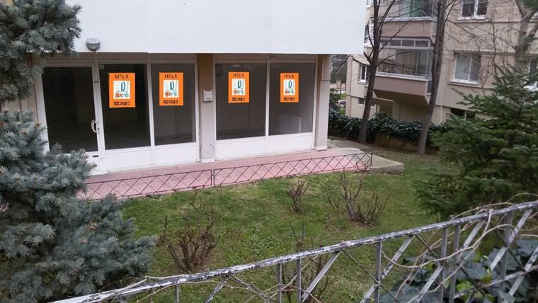 Beşevler Konak Caddesi Üstünde Satılık 55 m2 Dükkan