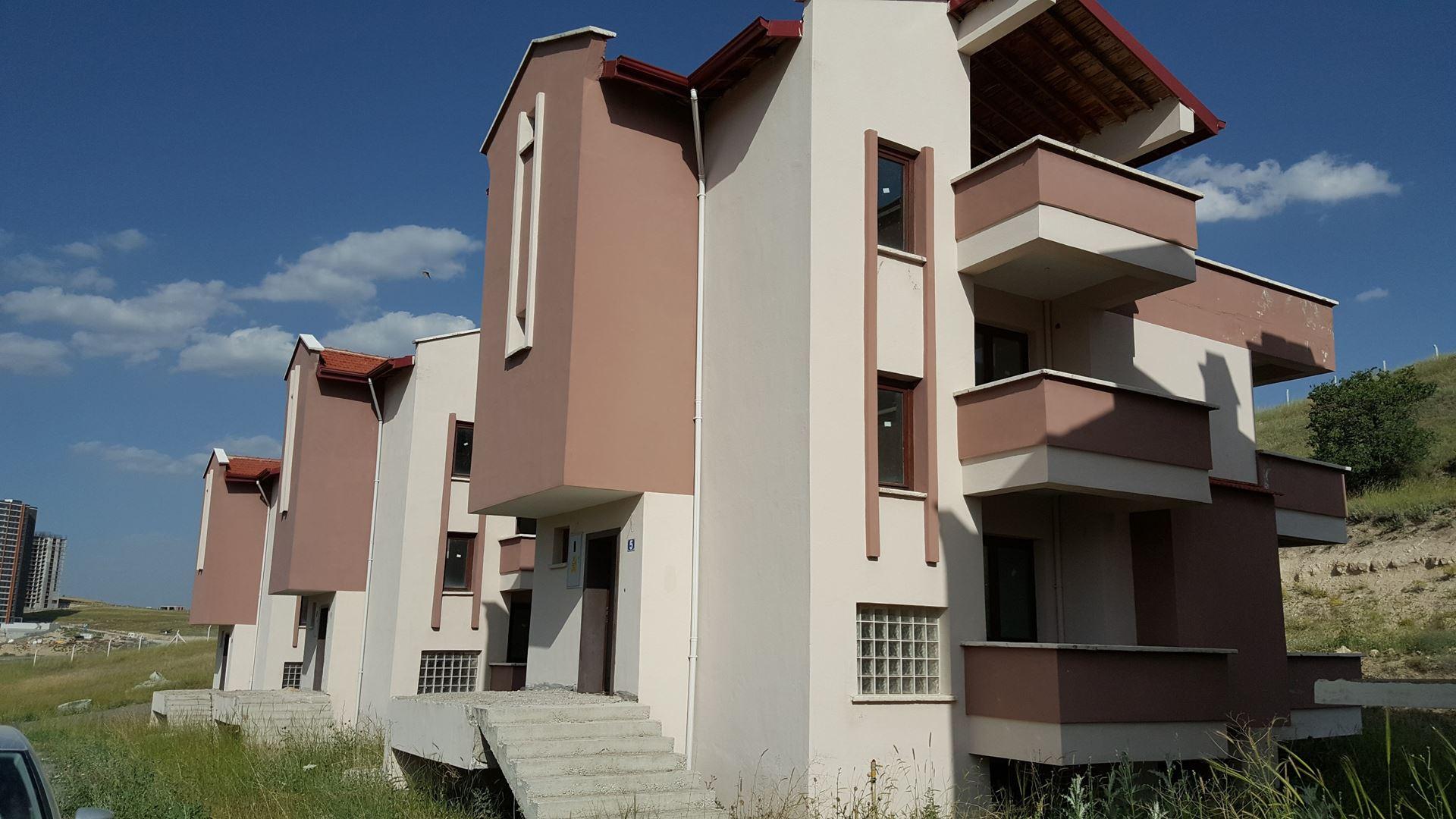 Yaşamkent-Dodurga-Satılık-Yatırımlık Villa-4 katlı-