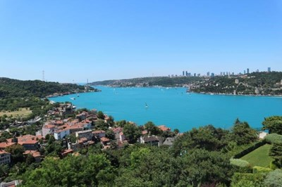 Roof Duplex to Let With Bosphorus View