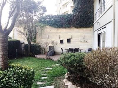 Tarabya Aksoy Sitesi'nde Satılık Bahçe Dubleksi